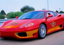 Rennstreckentraining im Ferrari