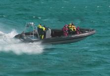 Spaß im Speedboot fahren